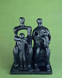 Henry Moore - Familie Group1
